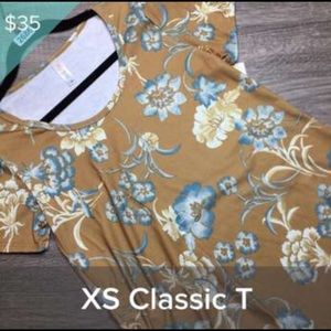 Xs Classic T Floral NWT
